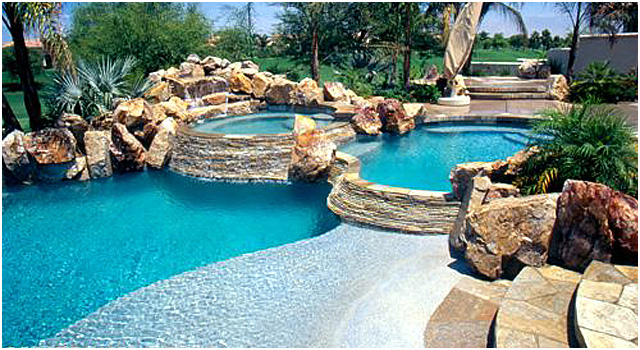 Aqualux pools gardens spas for Tipos de piscinas